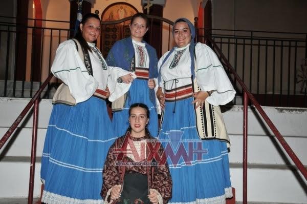 Έφιπποι και παραδοσιακά ντυμένοι στην Πεντάλοφο (φωτορεπορτάζ)