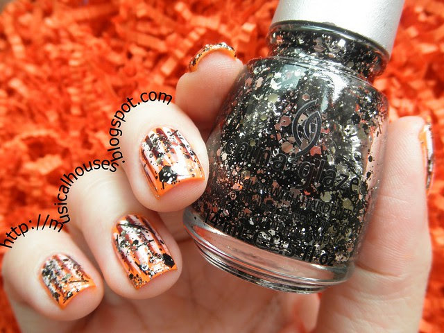 Halloween Nails Neon Orange Glitter Stripes