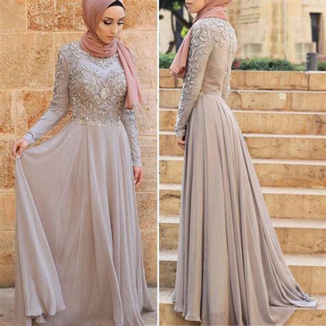 Pin oleh Asiah di Muslimah Fashion & Hijab Style(Niqab