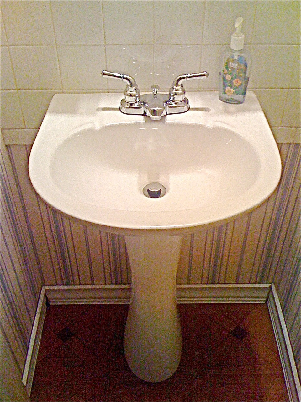 7 Small Bathroom Remodel Ideas | How to Update Small Bath
