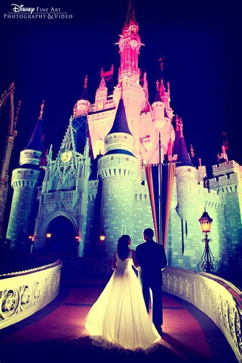 How to Get Your Wedding Dress to your Disney Wedding