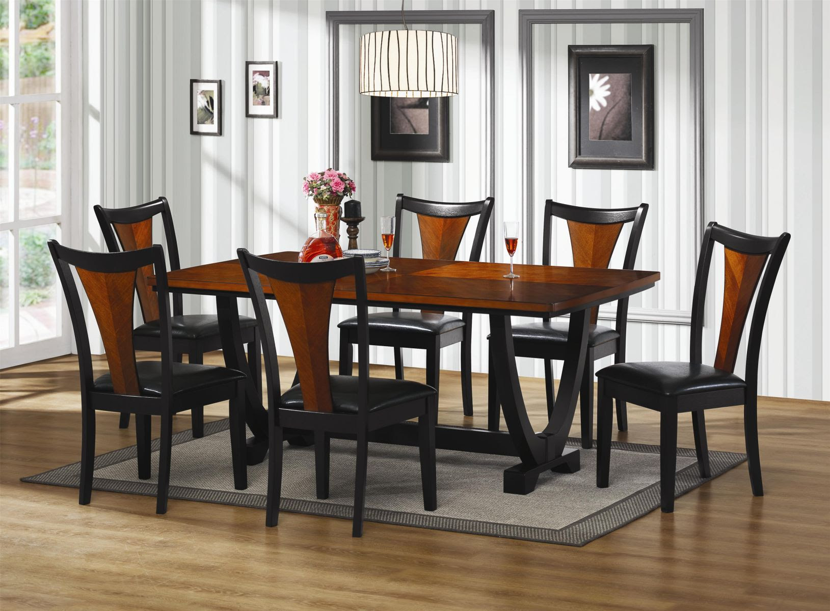 Small Dinette Set Design – HomesFeed