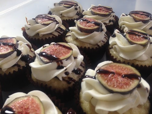 Vegan Fig Balsamic Cupcakes