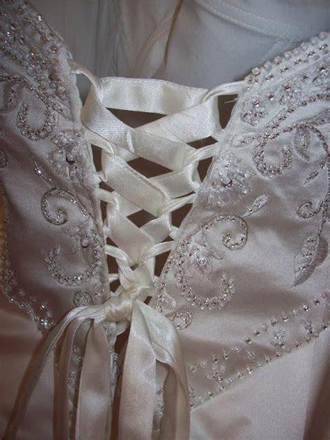 Sew Kansas: Corset Back Dress   a great way to alter a