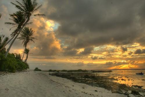 Maupiti Sunrise by SF Brit