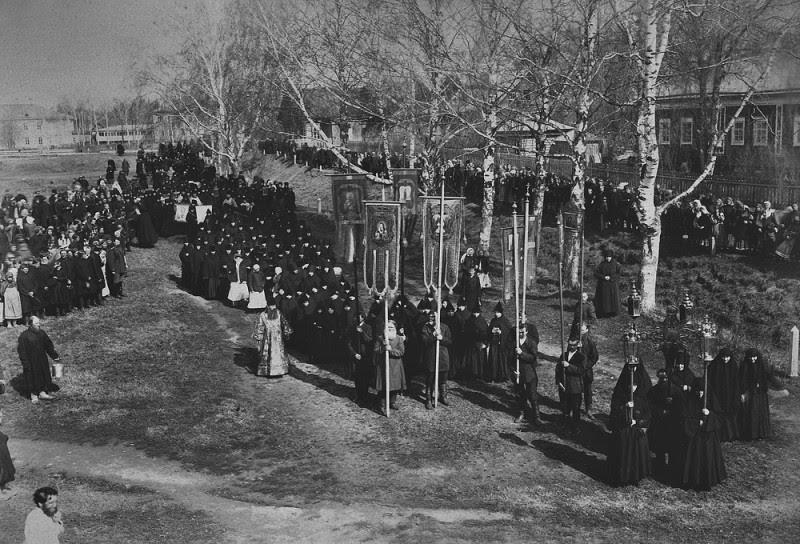 Σταυρός πομπή προς Diveyevo Μοναστήρι