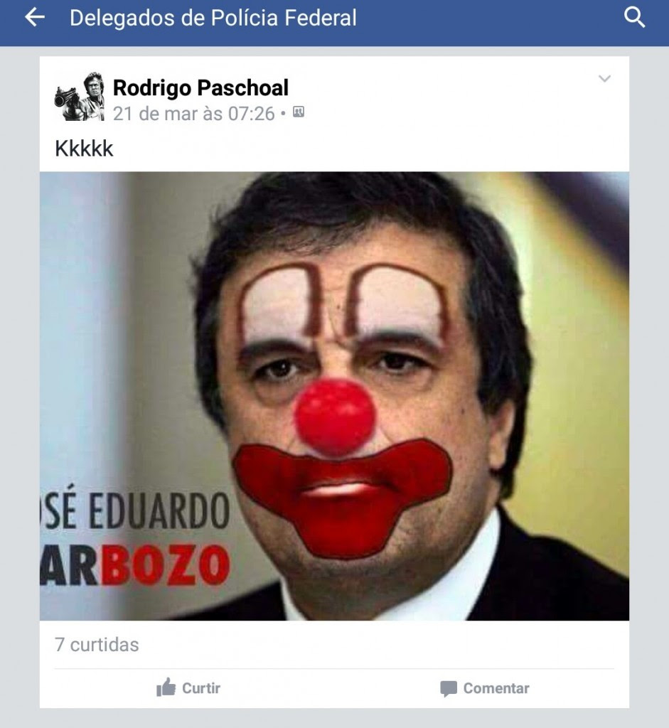 Em uma das postagens no Facebook delegados comparam o ministro da Justiça ao Bozó