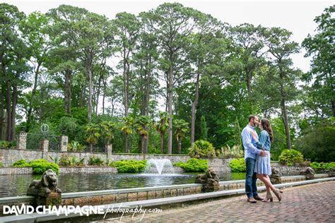 Norfolk Botanical Garden Engagement Photos   Virginia Beach