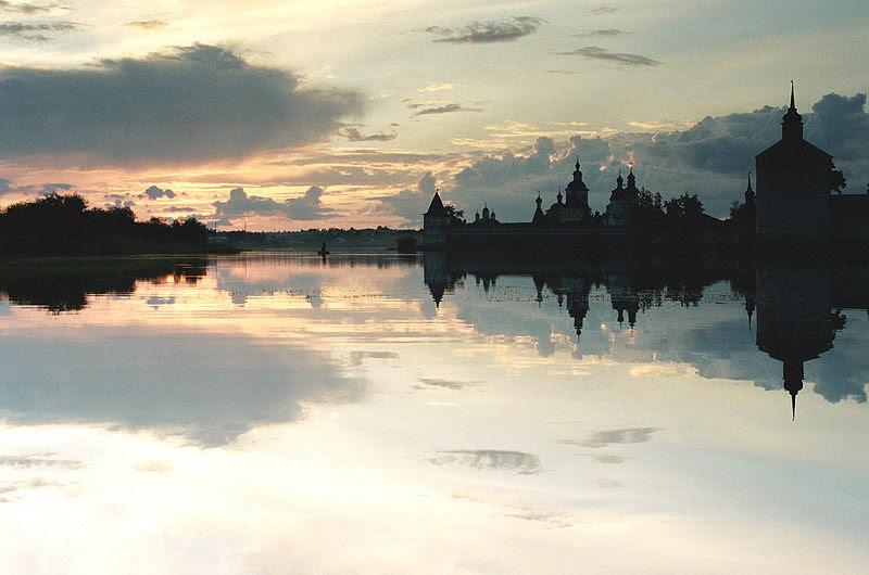 Белые ночи. Фото: архиепископ Вологодский и Великоустюжский Максимилиан