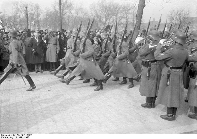 File:Bundesarchiv Bild 102-13197, Berlin-Spandau, 700 Jahrfeier.jpg