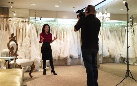 Flying with Luly: How to pack a wedding dress ? Alaska