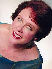 Olga interpretada pela soprano norte-americana Martha Herr