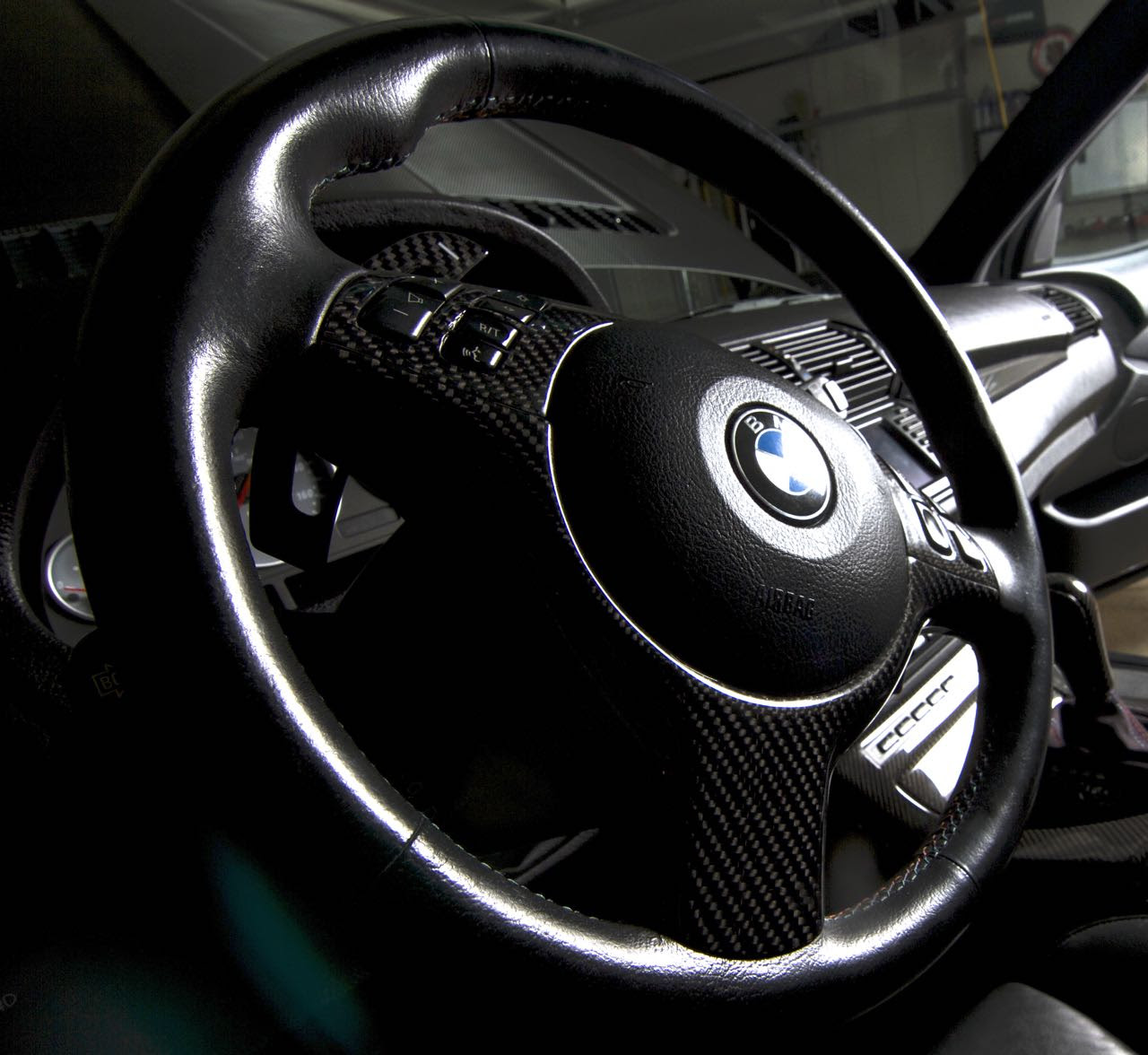 E53 Steering Wheel Conversion To E46 Smg M3 Paddle Shift