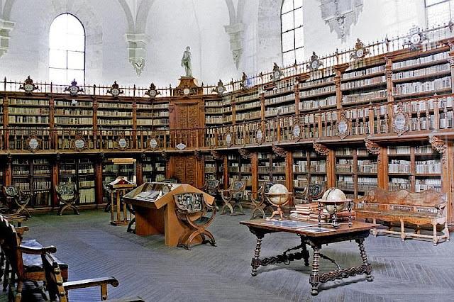 Biblioteca da Universidade de Salamanca, Espanha