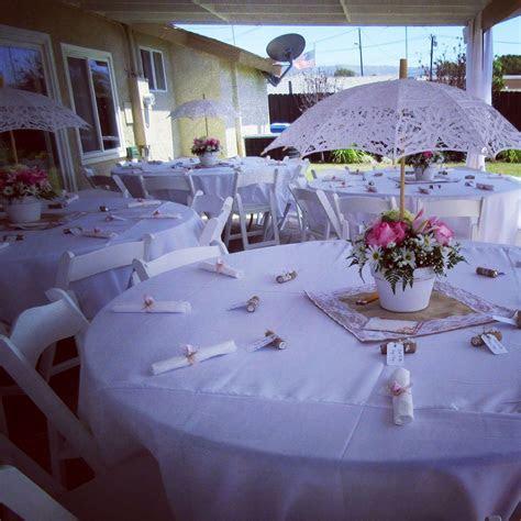 Pretty tables and umbrella centerpieces   Vintage Theme