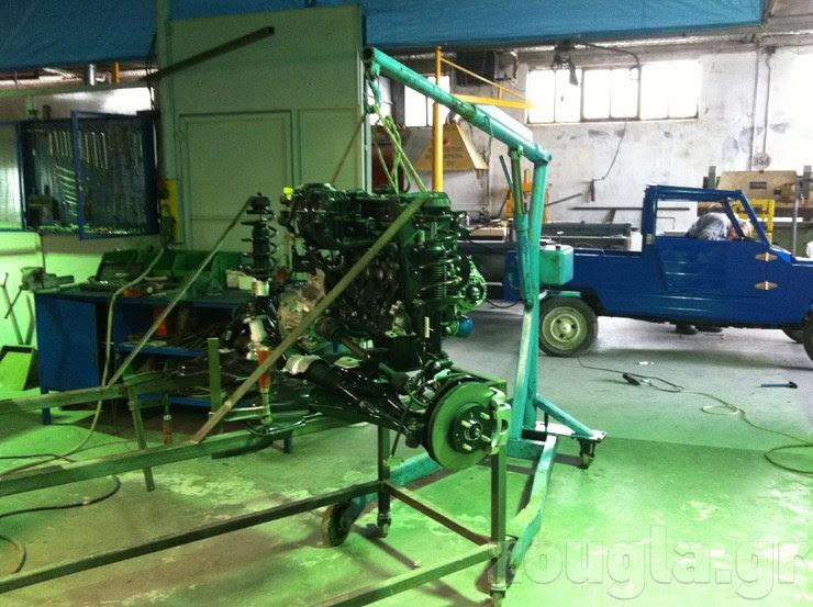 Ένας κινητήρας που ετοιμάζεται για δοκιμή...