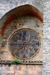 Cordes sur Ciel : La rosace de l'église Saint-Michel
