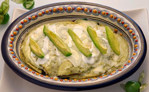 Enchiladas Verdes Suizas con Pollo