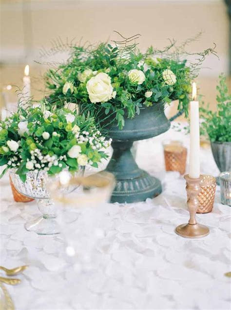 How To Style A Grey Urn Wedding Centrepiece