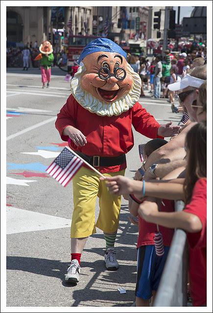 VP Parade 12