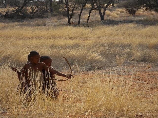 G8p79rGmr82lwv0iGOnH1TnQCG2El9QRoH4i k kns9xCvepONcfXz0HMy9AgKu5rICiBLEYmnhT7mSdHk0WZsj60uXdGi3 0UiE6PS3Akv Mw=s0 d San Bushmen People, The World Most Ancient Race People In Africa