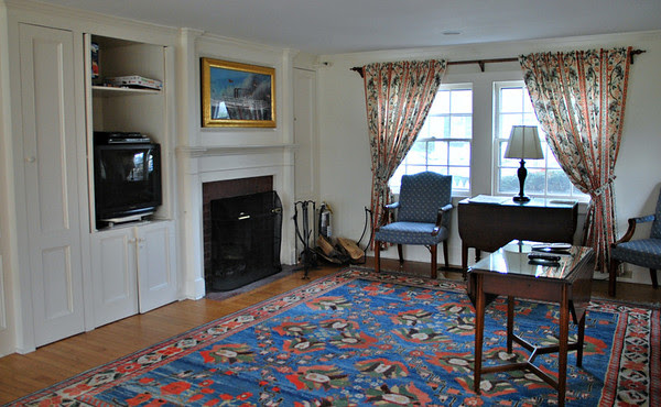 Living Room area of the guest house with the one lone TV at The Gris