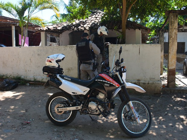 Crime aconteceu na Vila dos Pescadores na Praia da Penha (Foto: Walter Paparazzo/G1)