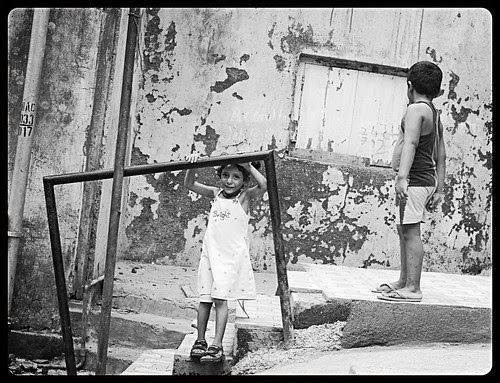 Bandra Bazar Kids by firoze shakir photographerno1