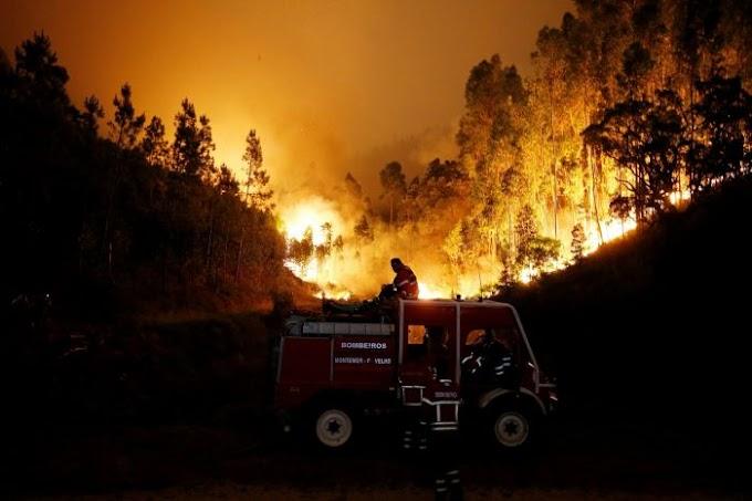 Incêndio florestal deixa ao menos 62 mortos em Portugal