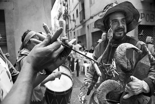 Els petards de festa _ Tecla 2012/2 by JoanOtazu