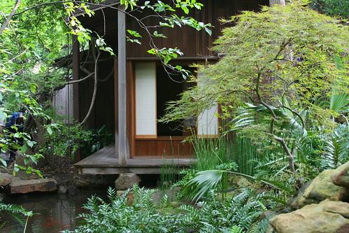 japanese garden teahouse