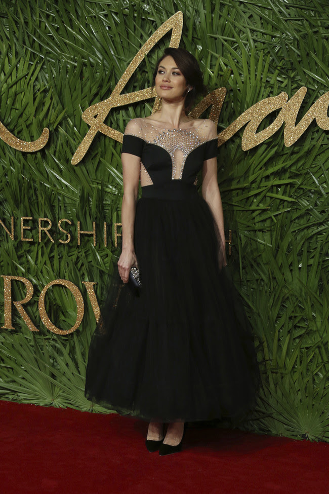 british fashion awards alfombra roja Olga Kurylenko