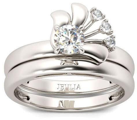 Cubic Zirconia Wedding Sets: The Handy Guide Before You Buy