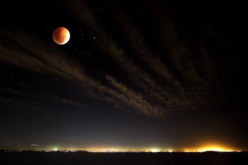 Lunar Eclipse by G a r r y.
