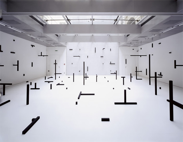 Geometric Rooms by Esther Stocker installation geometry