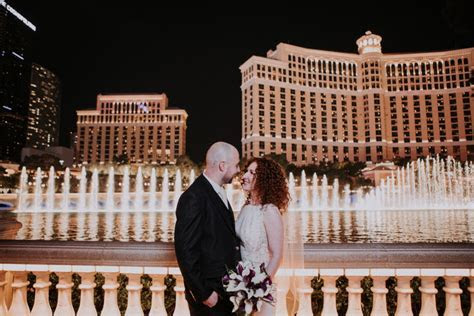 vegas strip wedding photos Bellagio fountains