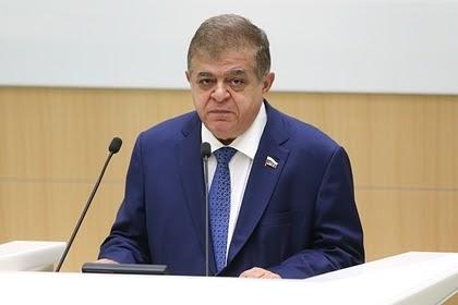 В России призвали министра обороны Польши перечитать басню «Слон и Моська»