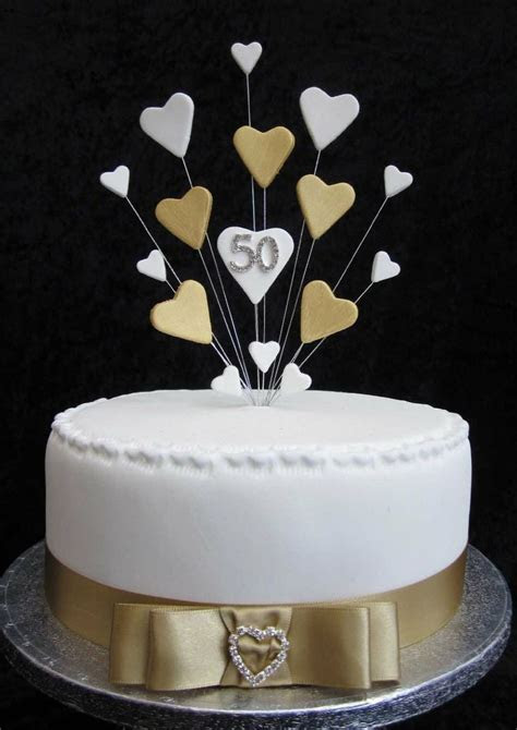 1000  ideas about Wedding Anniversary Cakes on Pinterest