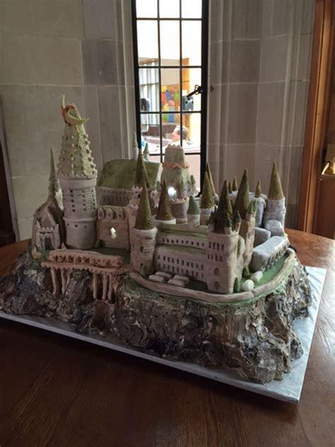 Hogwarts Castle   CakeCentral.com