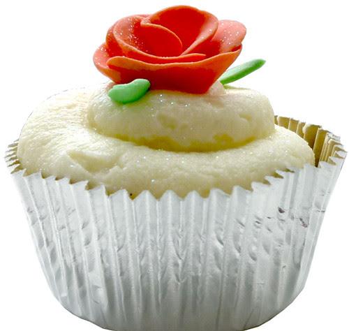 Pink rose cupcake - side
