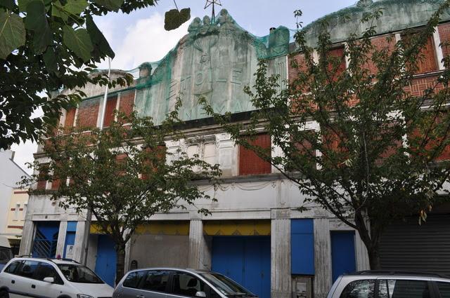 Etoile Cinema In La Courneuve Fr Cinema Treasures
