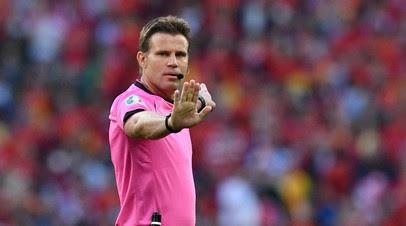 Брых не назначил пенальти в ворота Италии на 92-й минуте