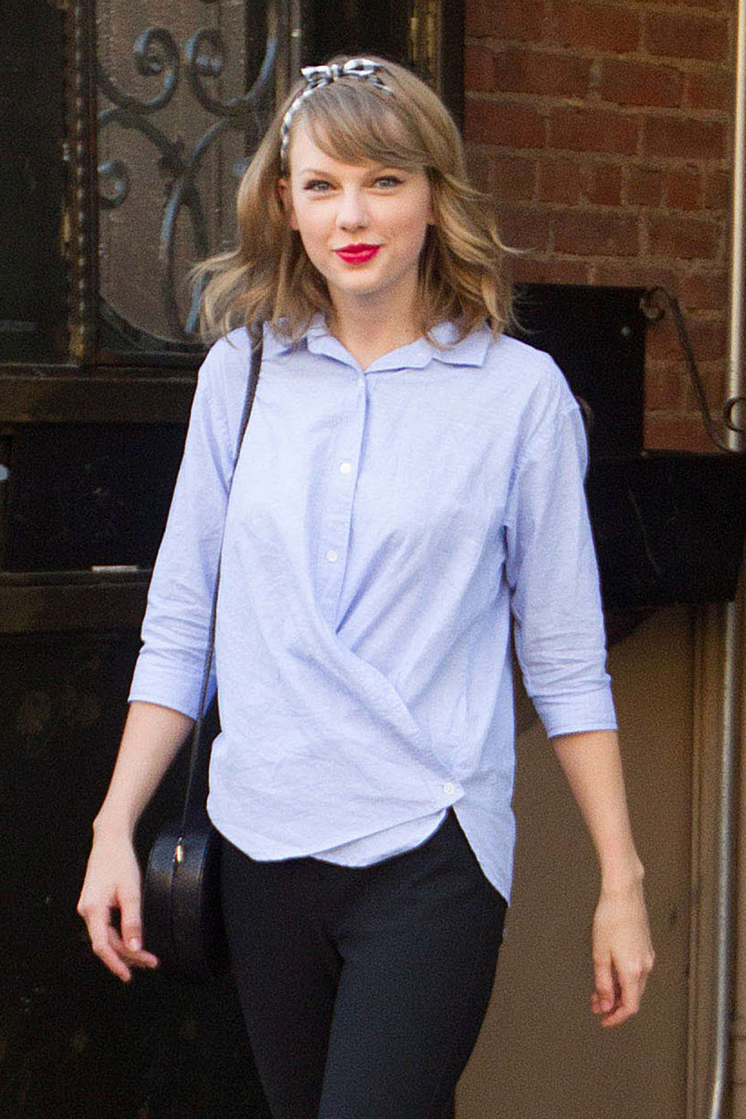 Taylor Swift – out in NYC -02