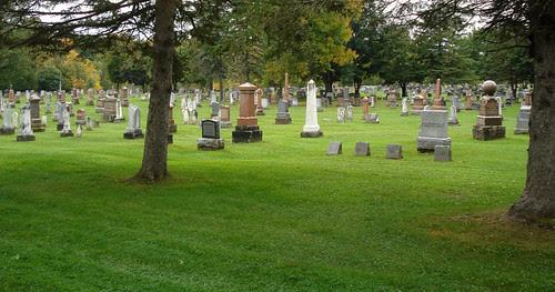 The Auld Kirk Cemetery