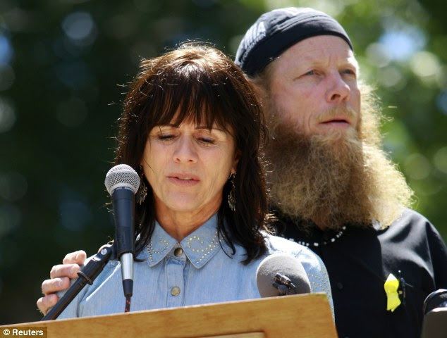 Robert Bergdahl in his Muslim garb and beard
