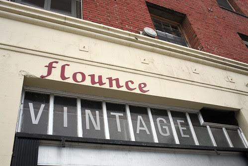 flounce VINTAGE