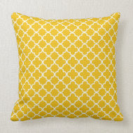 Yellow Quatrefoil Clover Pattern throwpillow