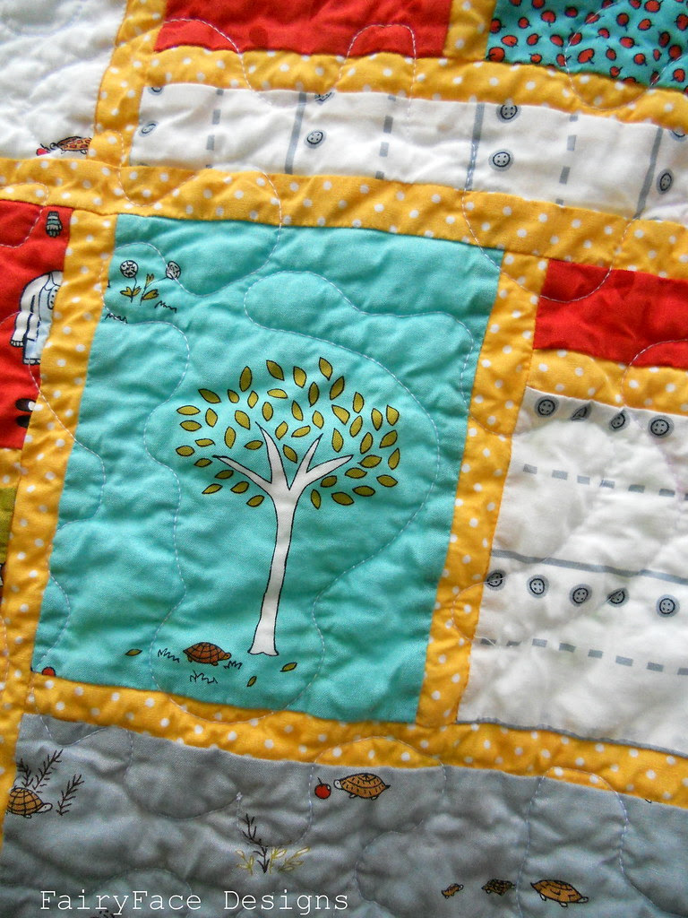 Little Apples Stained quilt closeup