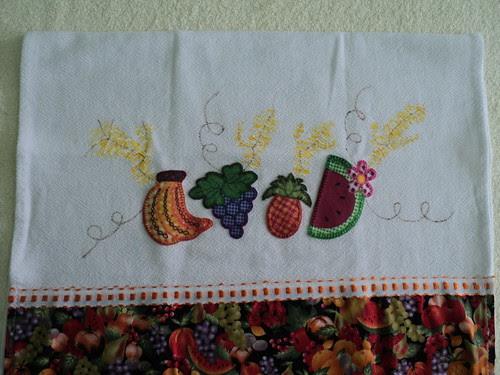 Pano de Prato Frutas by Fazendo Arte by Ana Tulio