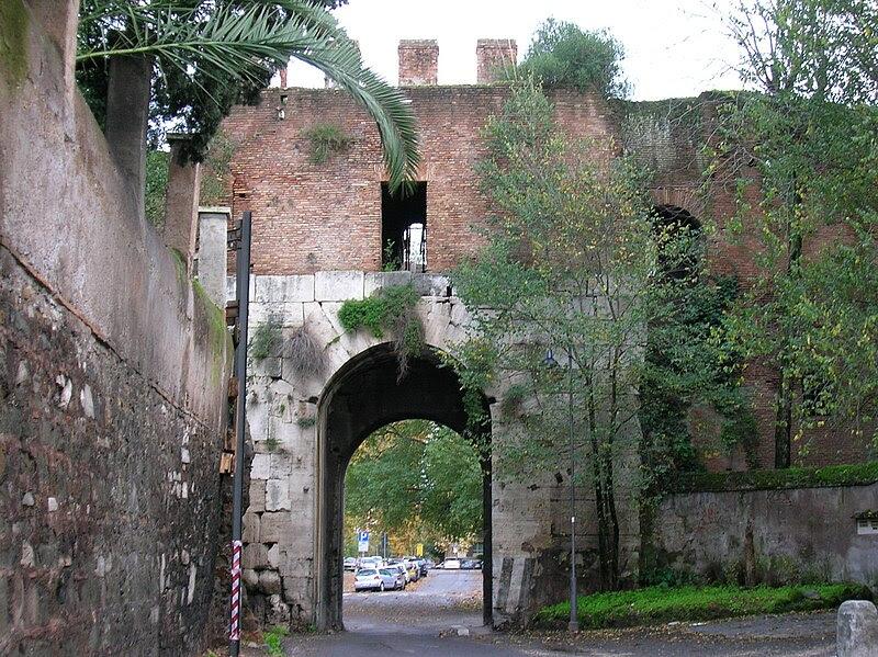 File:Porta Latina.JPG